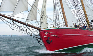 VIKING supply liferafts and service for the schooner Lilla Dan